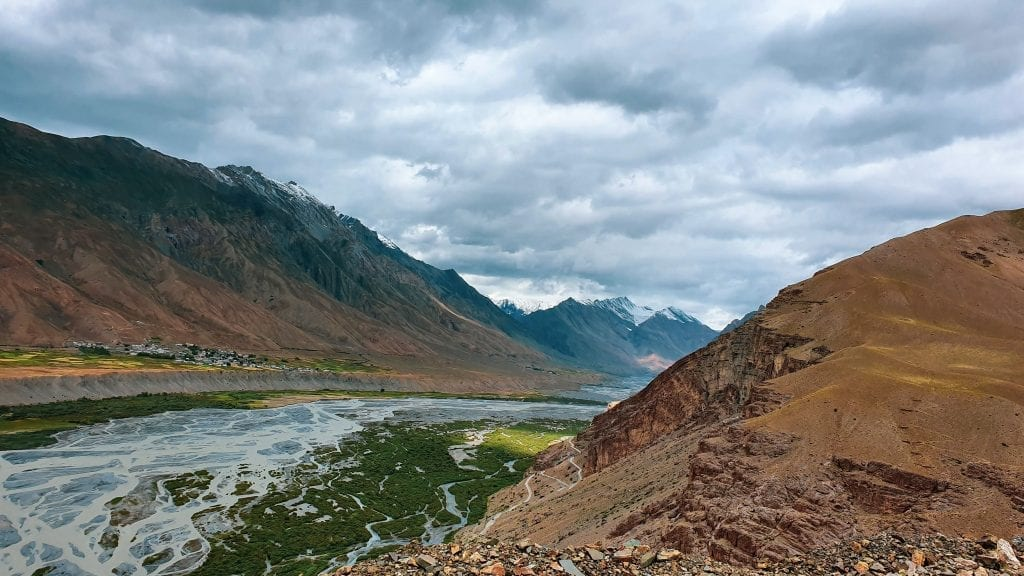 The road to From Kaza to Langza village.